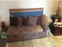 Chaise Longue/ Sofa Bed - in excellent condition