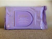 CLINIQUE CLEANSING WIPES