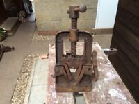 A woden viking pipe vice