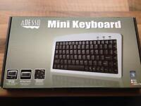 Mini keyboard Adesso brand new