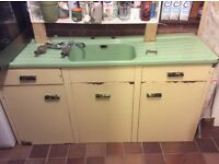 Retro enamel sink unit
