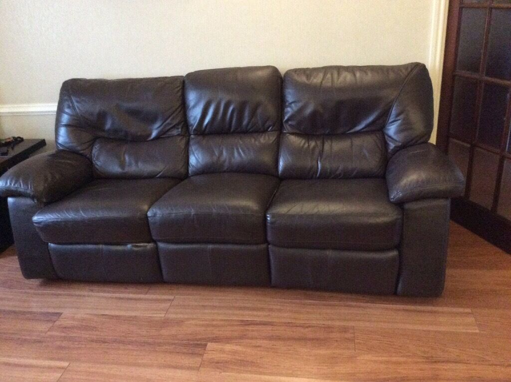 Leather 3 Piece Suite With Electric Amp Manual Recliners