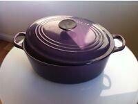 Le Creuset Classic Cast iron oval Casserole, 28 cm, purple/cassis
