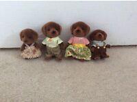 Sylvanians Family Chocolate Labrador Family