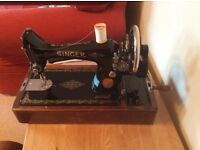 Singer Sewing Machine 98k