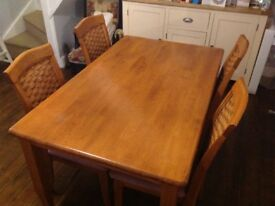 Solid varnished pine table and 6 chairs