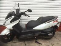 Kymco downtown 300iAbs in immaculate condition new battery plus cover helmet gloves and ulock