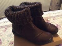 Ladies Ankle Boots, 8EEE, Wool Sock Feature, BRAND NEW IN BOX