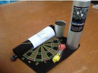 Magnetic dart board with 6 darts (Never been used)