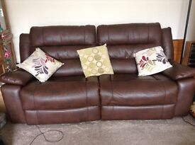 Leather electrical recliner sofa.