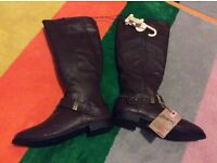 New with labels size 5 knee high mantaray boots