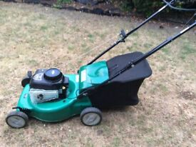 Petrol self propelled lawnmower, vgc