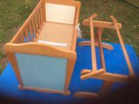 Crib baby's rocking crib wooden