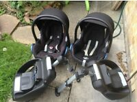 2 x Maxi Cosi car seats including easy base, raincover and sunshade. Can be sold as 1