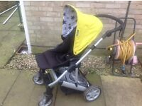 Mamas & Papas Pram/pushchair with footmuff & raincover