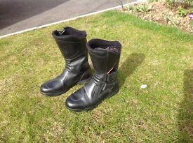 Motor bike boots Ladies (size 5)
