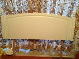 White wooden headboard for 4ft 6in bed very good condition. Collection only.