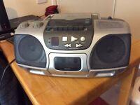STEREO/CD/RADIO/CASSETTE PLAYER