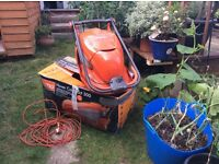 Excellent condition electric Flymo. Long cable , Hover Compact 300 , 30 cm blade.