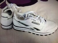RAEBOK WHITE TRAINERS new size 10