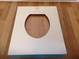 M&S solid oak traditional toilet seat RRP £49.50 SEALED NEW