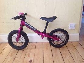 Isla Rothan balance bike
