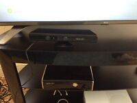 Xbox 360 250gb console with Kinect and controllers