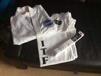 Brand New Blitz Taekwondo Suit and Belt size 150cm