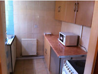 Single and Double Room To let £65, 75 all Bills inclusive Near Boohoo and Briercliffe Road Burnley