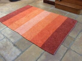 Large Rug different shades of orange