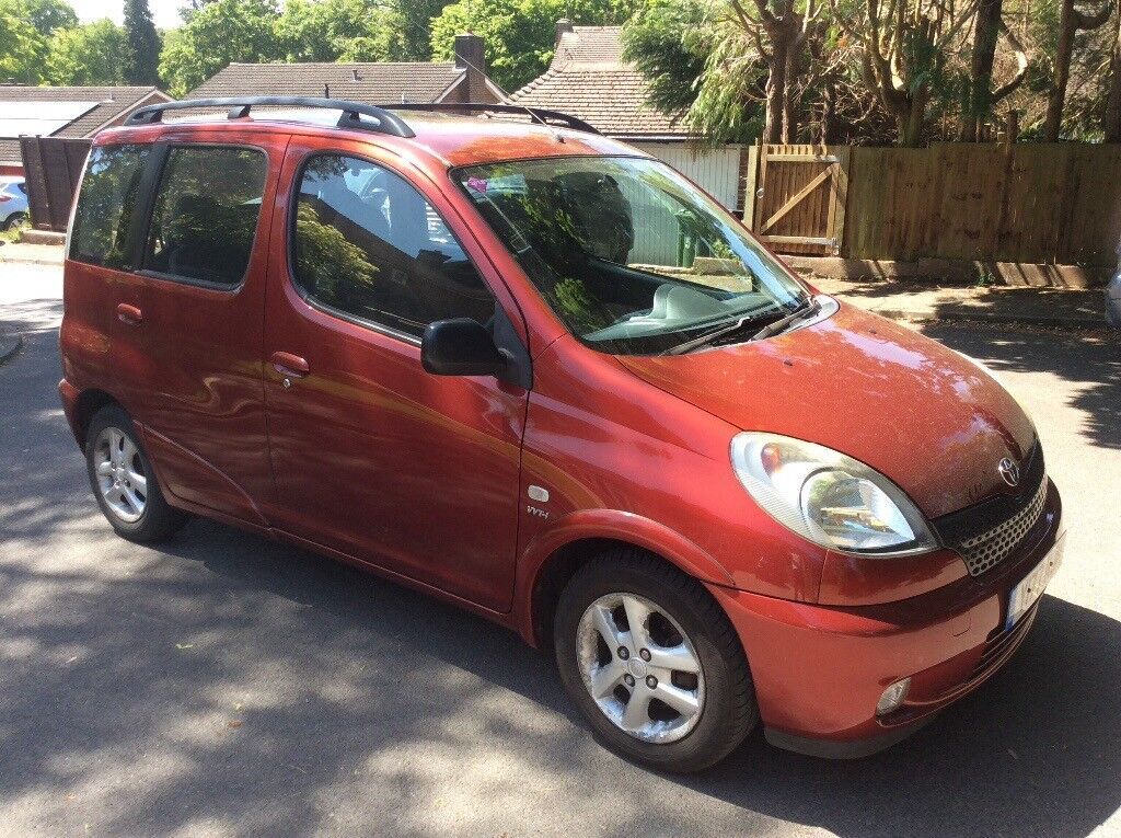 Toyota Yaris Verso GLS (wheelchair/mobility scooter lift fitted) | in  Camberley, Surrey | Gumtree