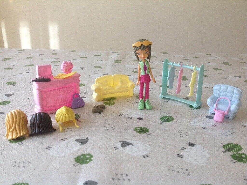 Toy Doll with Accessories £1 for the lot