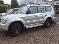2002 Toyota landcuiser colorado 8 seater