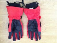 Large red and black trespass ski gloves