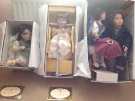 4 Alberon ceramic dolls.
