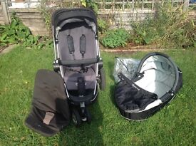 Quinny Buzz 3 with lots of extras!