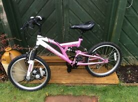 Girl's bike 7-9 years