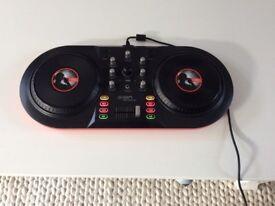 ION Discover DJ consol