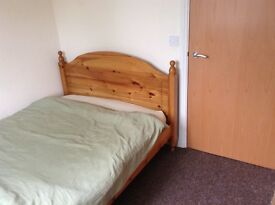 Double room to rent in shared 2 bed flat.