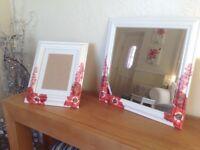 Beautiful Mirror and Photo Frame Set