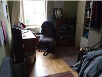 To let Nice Furnished Flat for Four in Woodlands, Westend, Glasgow