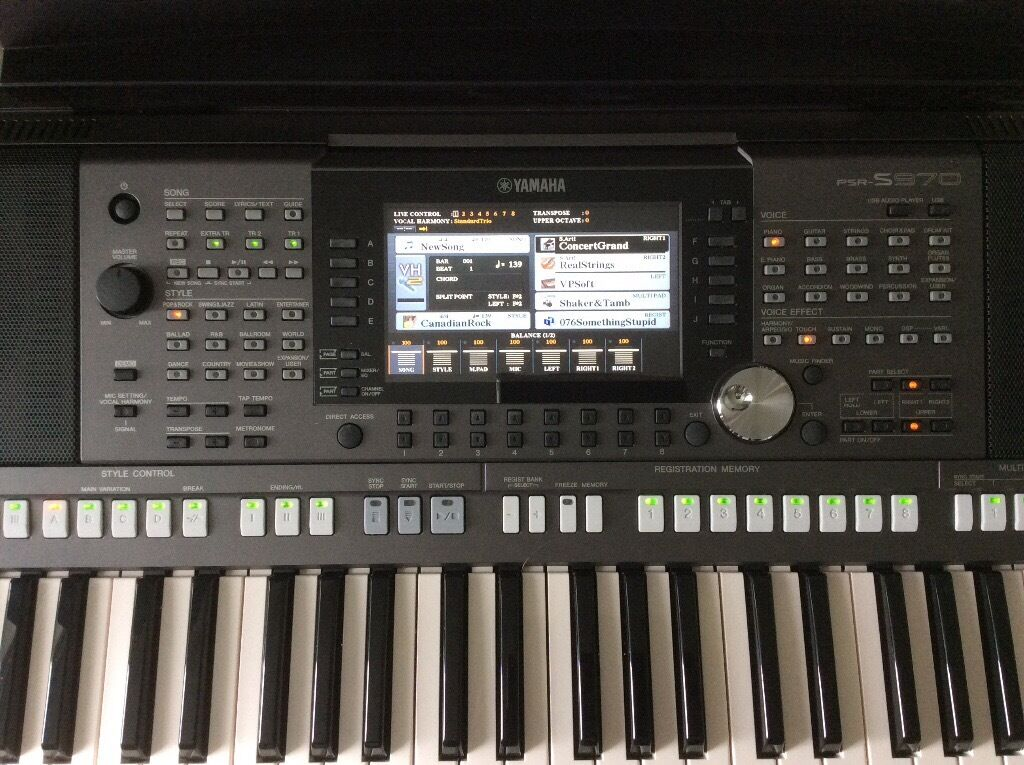 brand new yamaha psr s970 keyboard in dumbarton west. Black Bedroom Furniture Sets. Home Design Ideas