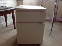 White filing cabinet, excellent condition