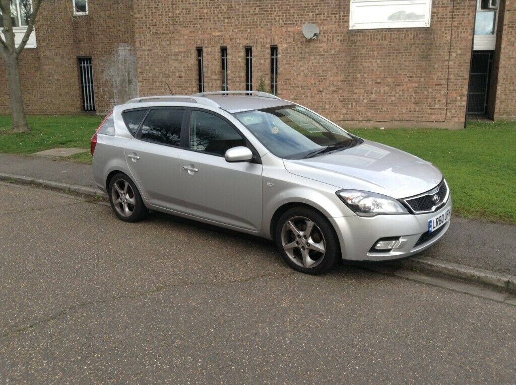 Kia Ceed 1 6 Crdi Estate With Valid Pco Badge Uber Roved Car 40 Mpg Silver Automatic