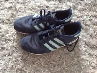 Girls Addidas trainers in Navy /pale Blue trim size 3