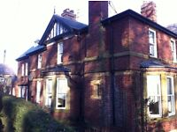 Lovely three bed family house to let - village location,close to Scarborough