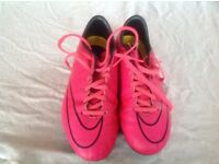 nike mecurial super fly pink football boots size 5 metal studs
