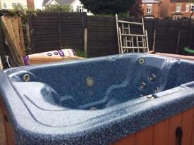 Hot tub model Tiara