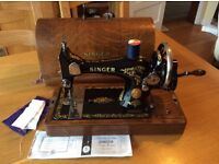 Singer sewing machine Class 99 K with instruction booklet