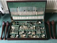 Yealmpton - 144 piece Arthur Price silver plated cutlery set in coffee table storage unit